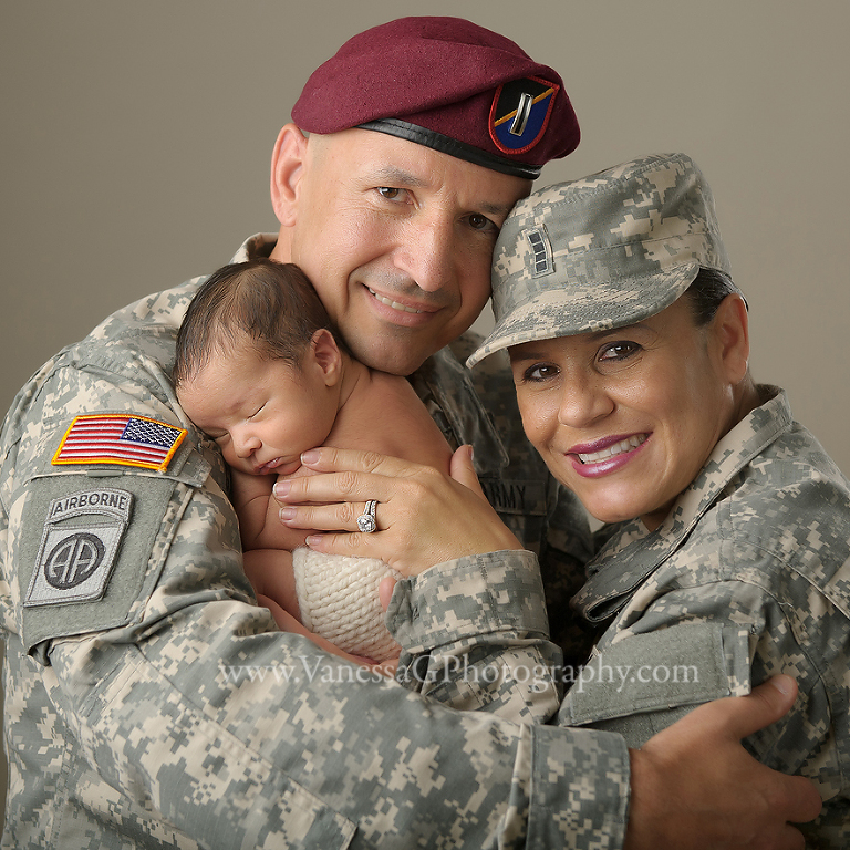 Military family parents newborn